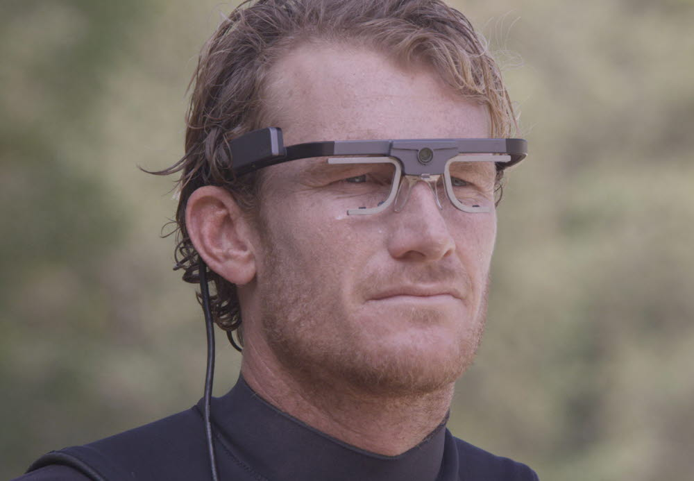 Surfer Bede Durbidge wearing eye tracking glasses from Tobii Pro