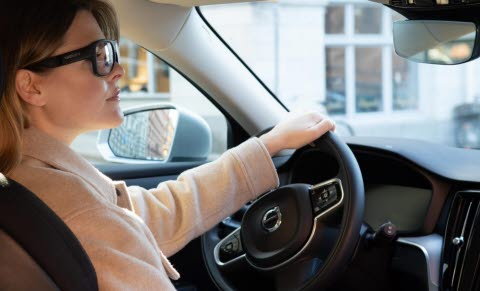 Woman driving wearing G3