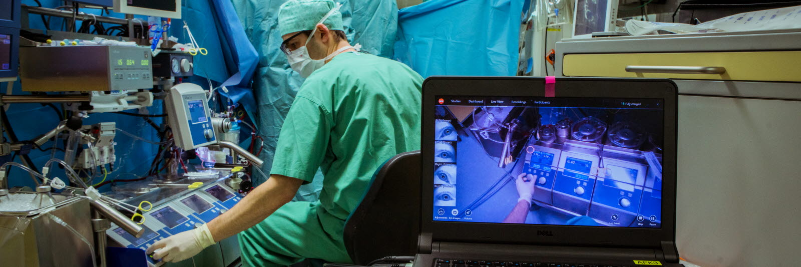 Surgeon in an operating room using eye tracking glasses